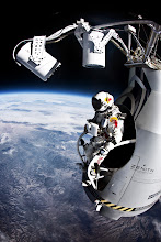 Photo: Pilot Felix Baumgartner of Austria prepares to jump from the altitude of 29455 meters during the second manned test flight for Red Bull Stratos in Roswell, New Mexico, USA on July 25, 2012. // Jay Nemeth/Red Bull Content Pool