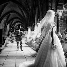 Wedding photographer Linas Dambrauskas (linasdambrauska). Photo of 01.09.2014