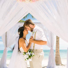 Wedding photographer Yuliya Vicenko (Juvits). Photo of 18.10.2019