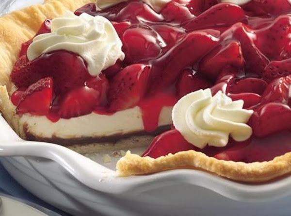 Strawberry Black Bottem Pie Recipe