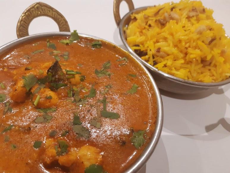 Korma, Madras, Vindaloo, Jalfrezi y Butter chicken, son algunos de los platos de El Candil.