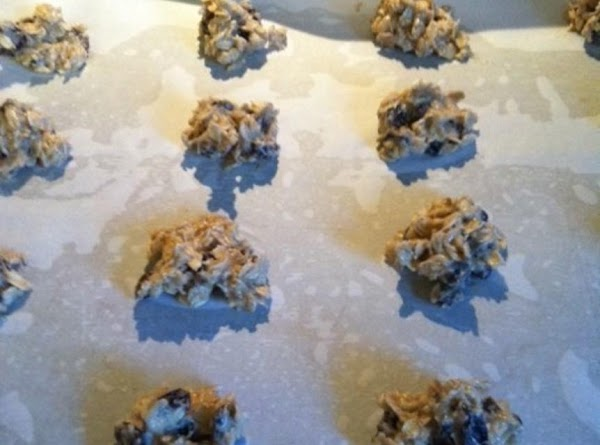 drop by teaspoonfuls on to sheet. bake at 375 degree's for 8-10 minutes or...