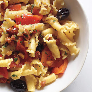 Pasta With Roasted Red Peppers and Almonds.