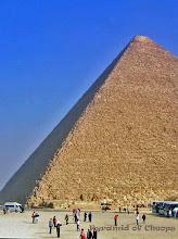 Photo: Piramide van Cheops