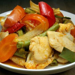 Ayam Paprik (Spicy Chicken Stir-Fry)