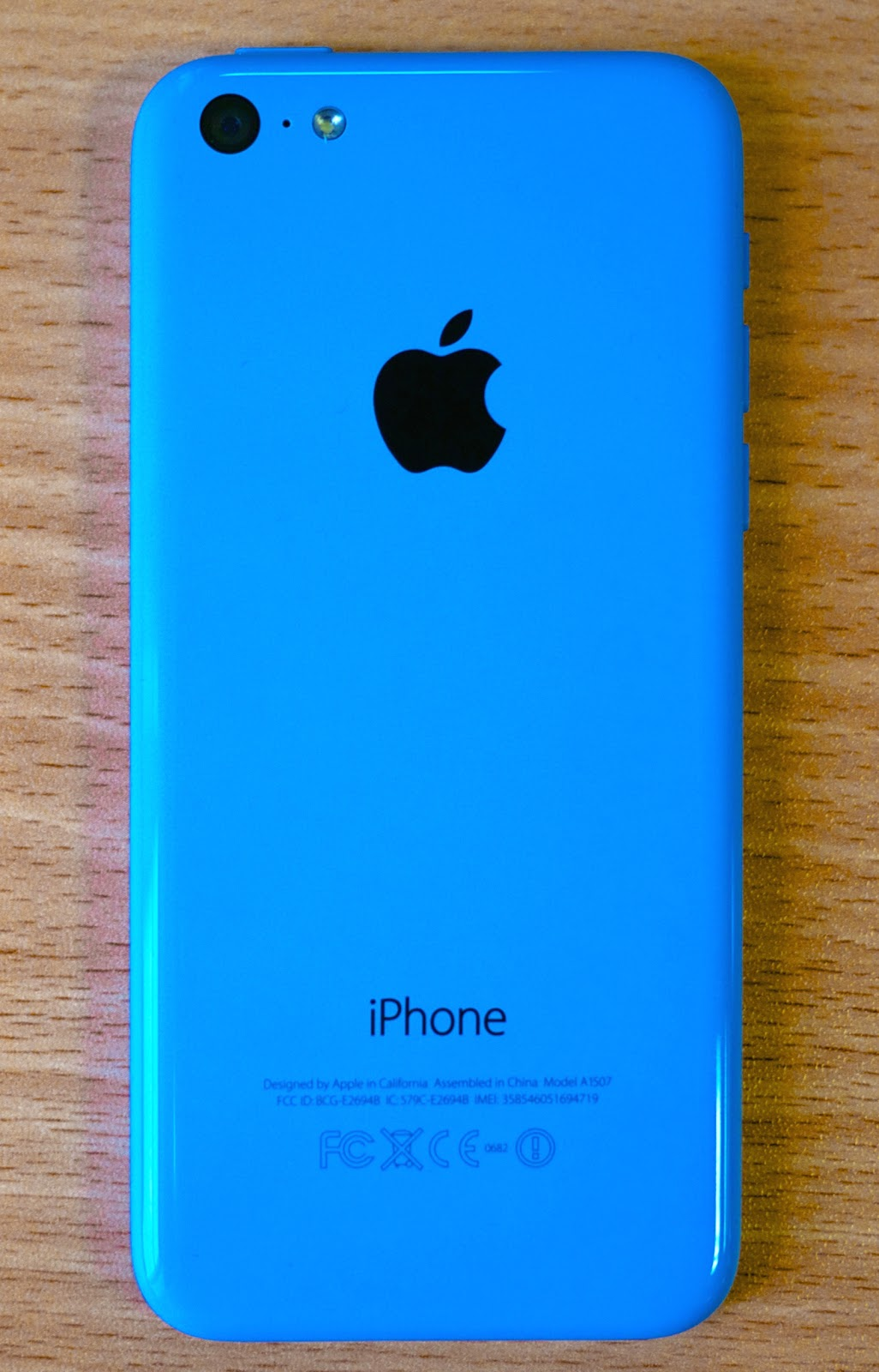 File:iPhone 5c blue back.jpg - Wikimedia Commons