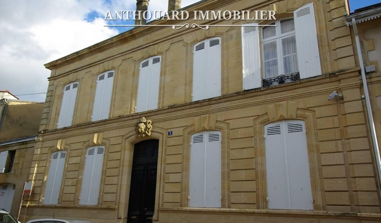 Hôtel particulier avec jardin et salle de réception Bergerac