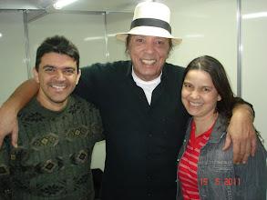 """Photo: Eu e Cilene com o cantor DALTO (lembram de """"Hummm... mas se um dia eu chegar muito estranho..."""" ?)"""