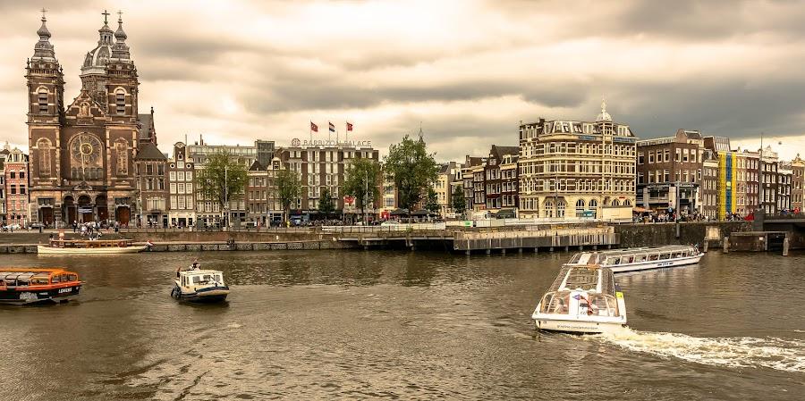 Amsterdam waters and buildings by Hariharan Venkatakrishnan - City,  Street & Park  Vistas