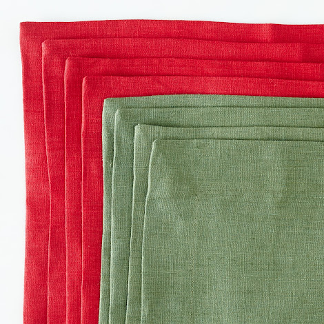 Holiday Linen Placemats (Set of 4)