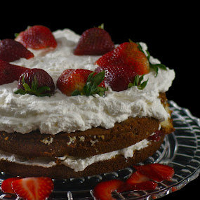 Strawberry Shortcake by Ivan Cohene - Food & Drink Cooking & Baking ( desserts, cake, fresh, glass plate, strawberry short cake, round, freshness, shortcake, homemade, strawberry, whipped cream, cream )
