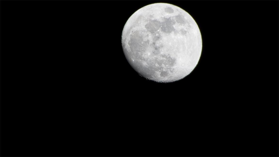 April 1 Moon.jpg