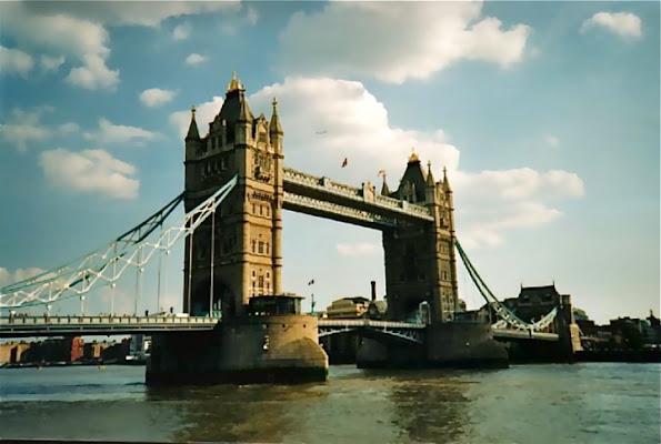 LONDON GATE di vittorio