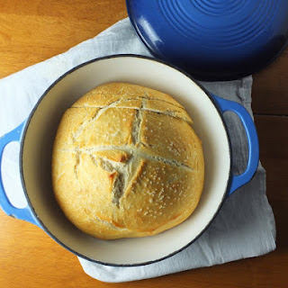 Easy Dutch Oven Bread.