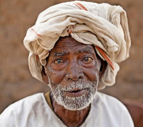The language of eyes... by Kausik Das - People Portraits of Men ( canon, india, senior citizen, people, man, portrait, eyes )