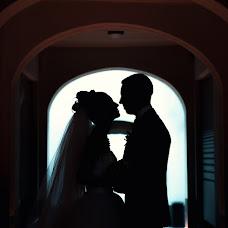 Wedding photographer Aleksandr Tikhonov (Amok). Photo of 01.03.2013