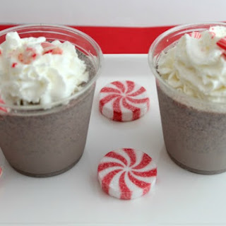 Copycat Chick Fil A Peppermint Chocolate Chip Milkshake