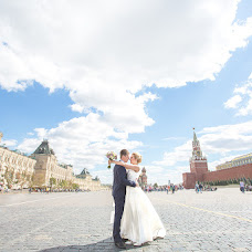 Wedding photographer Kirill Pokrovskiy (PokrovskiyKiril). Photo of 18.11.2015