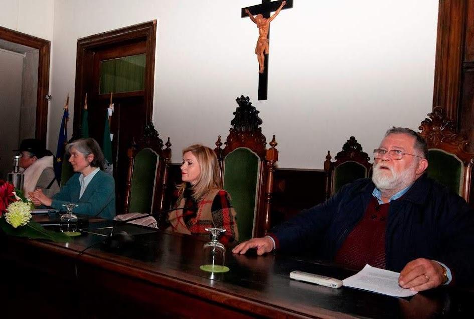 """""""Cancioneiro de Lamego"""" apresentado no Salão Nobre dos Paços do Concelho"""