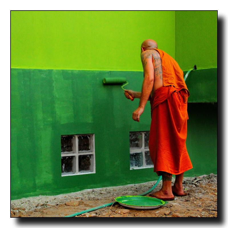 L'abito non fa il monaco di Delvecchio Dario