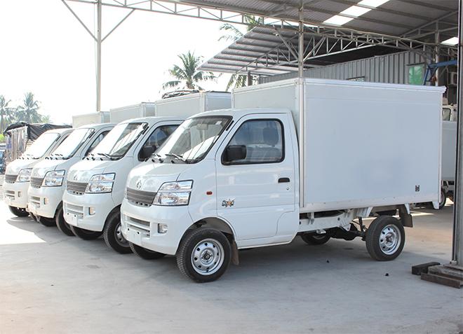 xe-tai-veam 850kg-thung-kin.jpg