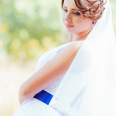 Wedding photographer Elena Belous (m0nica). Photo of 07.12.2015
