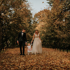 Wedding photographer Jakub Ćwiklewski (jakubcwiklewski). Photo of 22.10.2017