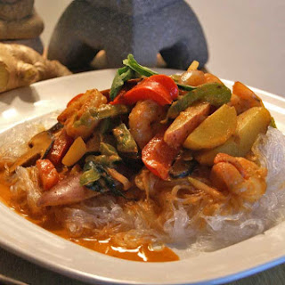 Red Curry Coconut Shrimp and Vermicelli Recipe