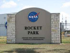 Photo: Entering Rocket Park... note the Atlas and Redstone rockets in the background... !
