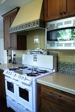 Photo: Barron Kitchen - Decorative Tile Backsplash & Range Hood Pvt. Residence W. Los Angeles, CA
