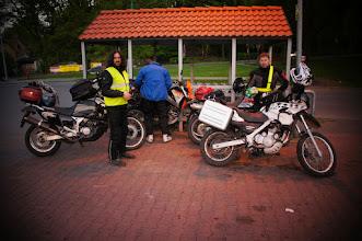 Photo: Organizatorzy u bram...  fot. wilczyca