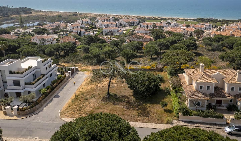 Terrain avec vue panoramique en bord de mer Faro