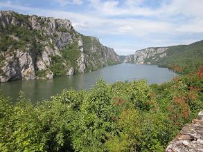 """Photo: l avantage de la montagne c'est les beaux points de vue. une bonne excuse pour souffler: """"eh vous avez vu cette belle vue"""" :)?"""