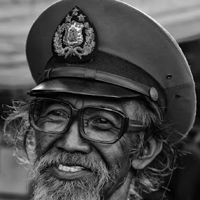 by Ananta White Wings - People Portraits of Men ( senior citizen )