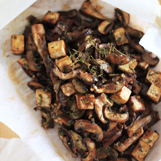 MUSHROOMS & TOFU EN PAPILLOTE.