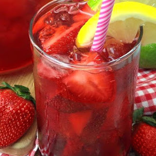 Southern Strawberry Sweet Tea!.