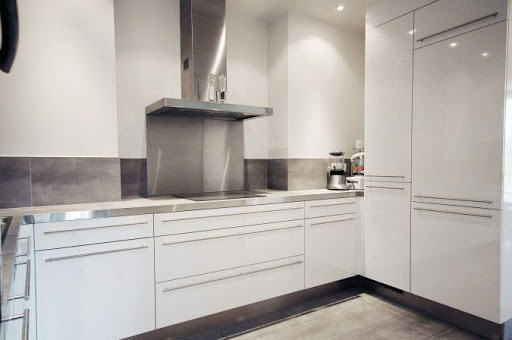Kitchen at 3 Bedroom Serviced Apartment in Quai de Seine