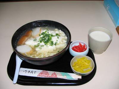 豆腐家食堂・ゆし豆腐そば