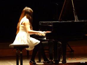Photo: Selma Slagter speelt  Etude nr. 9  uit 'Etude en 48 exercises' (S136)