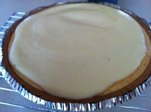 Cream Cheese Pie With Sour Cream Topping Recipe
