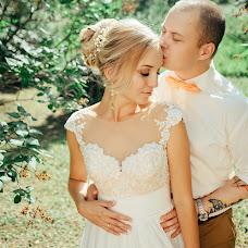 Wedding photographer Igor Dzyuin (Chikorita). Photo of 30.08.2017