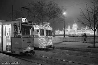 Photo: Fényvillamos Budapesten