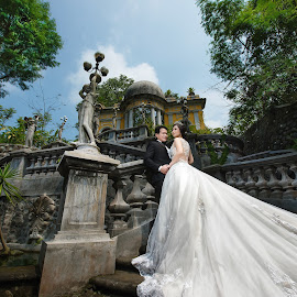 by Jerry Lay - Wedding Bride & Groom