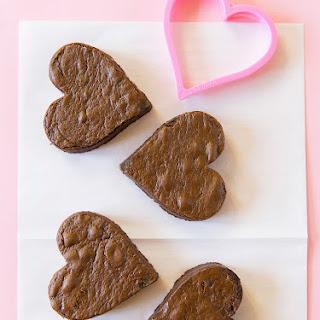 Chocolate Fudge Heart Cakes