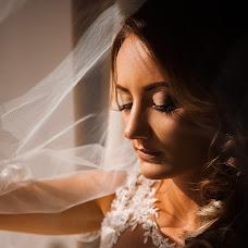 Wedding photographer Darya Serova (bubble). Photo of 17.11.2017