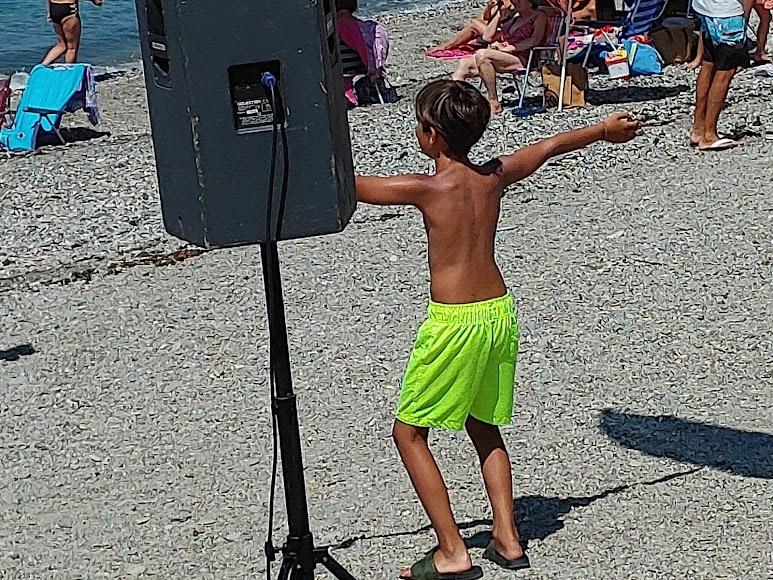 Los más pequeños también se han animado con el baile
