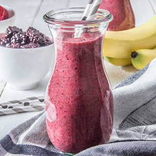 Triple Berry Chia Detox Smoothie.