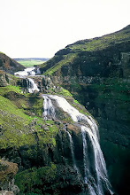 Photo: Wodospad Glymur / Glymur waterfall