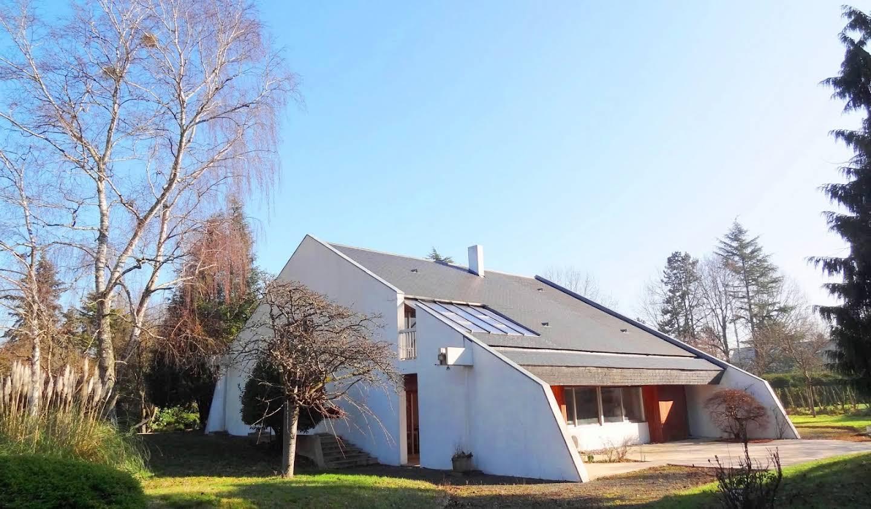 Villa avec jardin et terrasse Les Loges-en-Josas