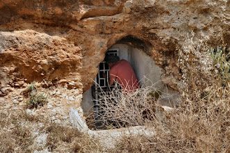 Photo: The old cave in the valley in which lived Daoud's grandparents en their children and Daoud's oncle.